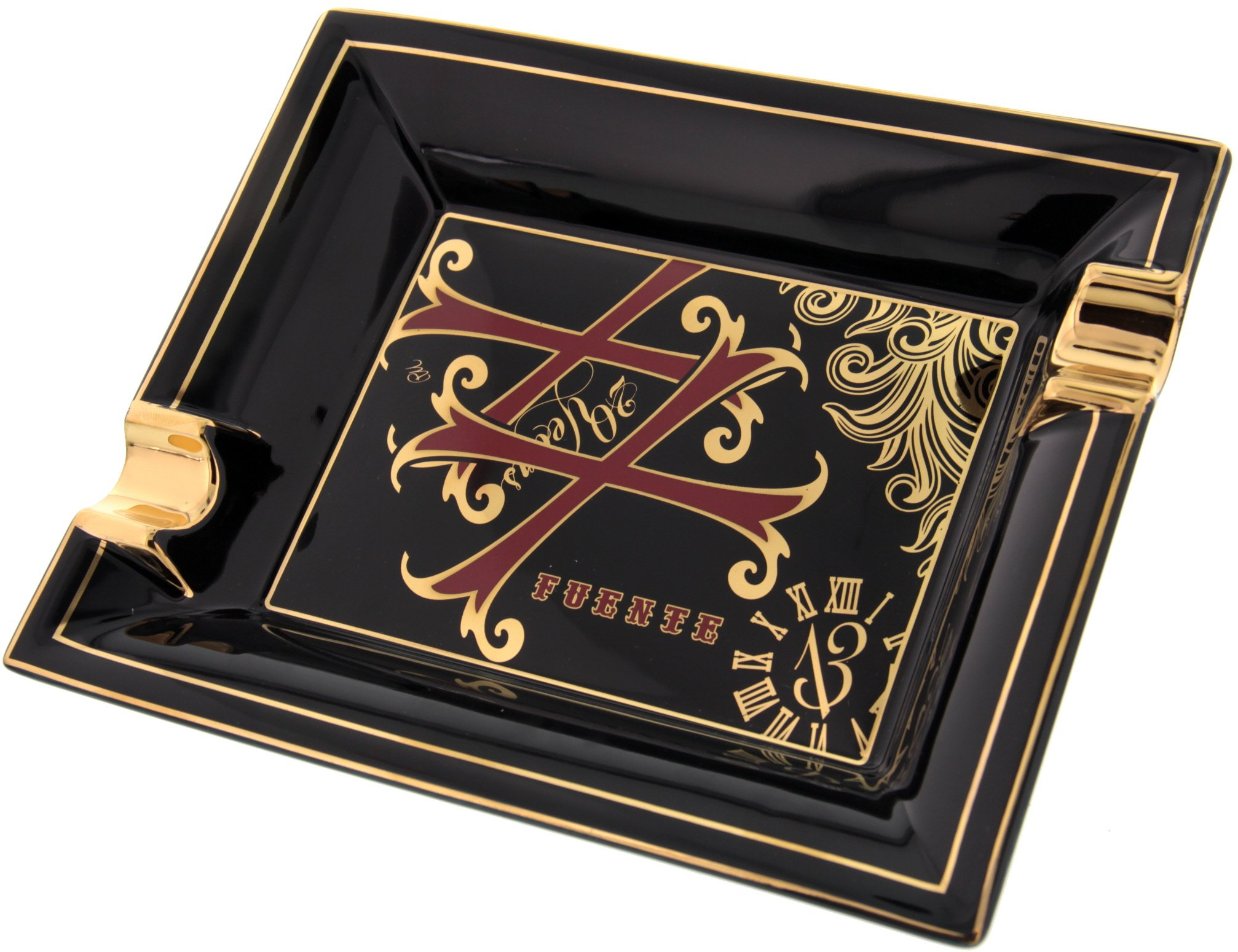 Dupont Aschenbecher Opus X designed by James Michael Black Porcelain de Limoges